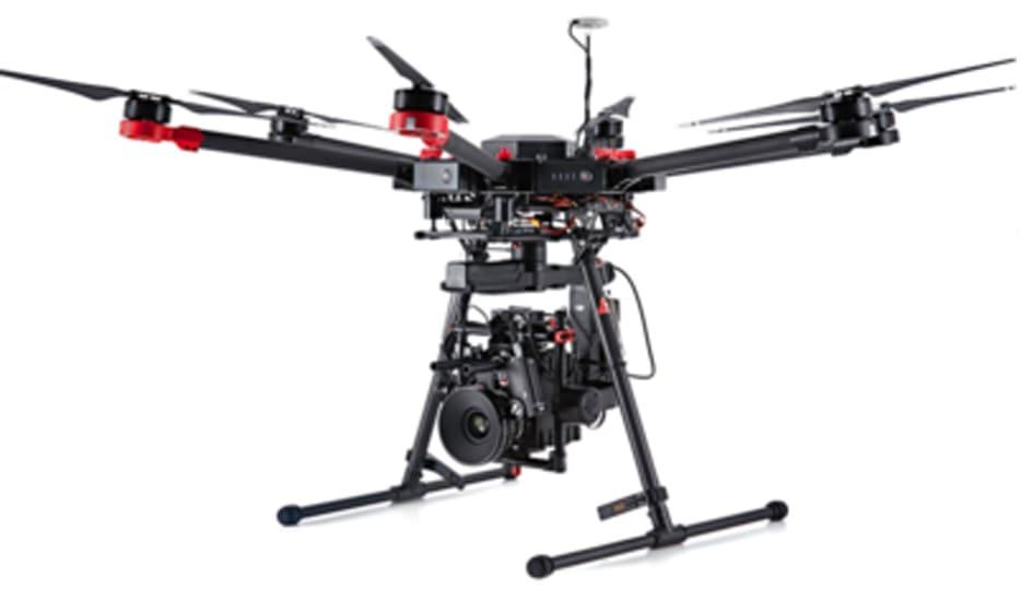 présentation drone matrice 600 avec boitier reflex full frame ou caméra cinéma